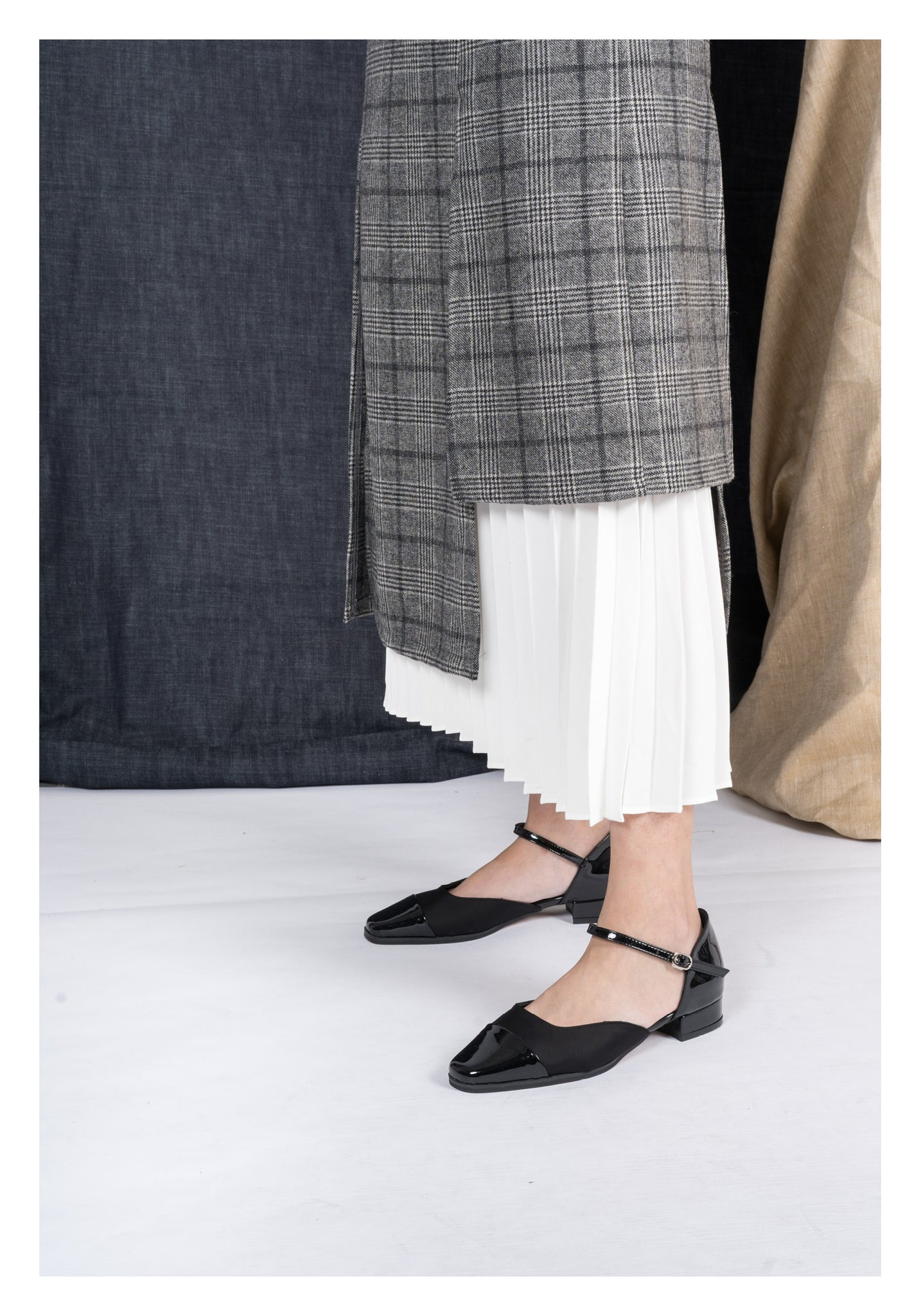 Plaid and Pleated Skirt Grey