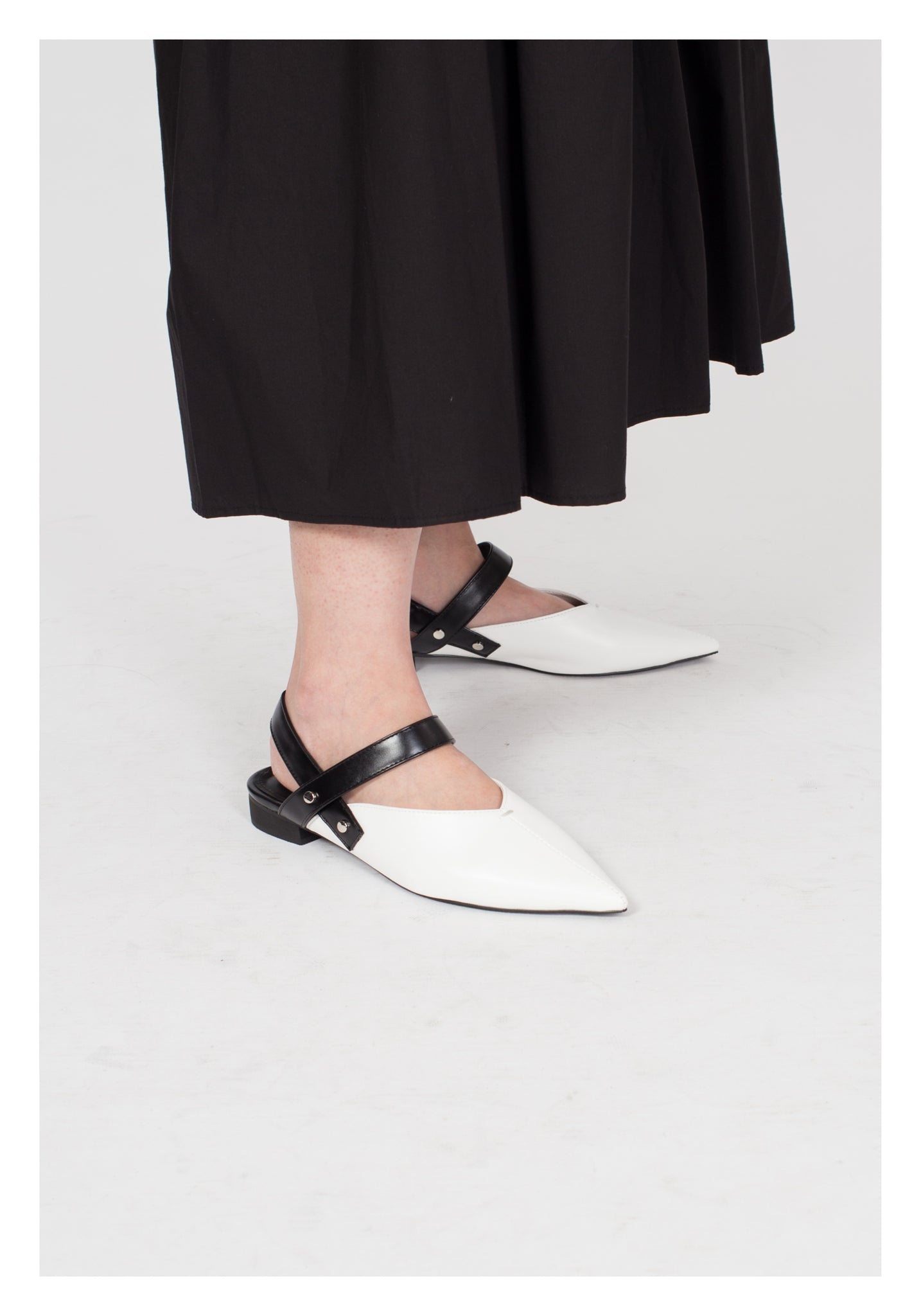 Pointed Strap Shoes White - whoami