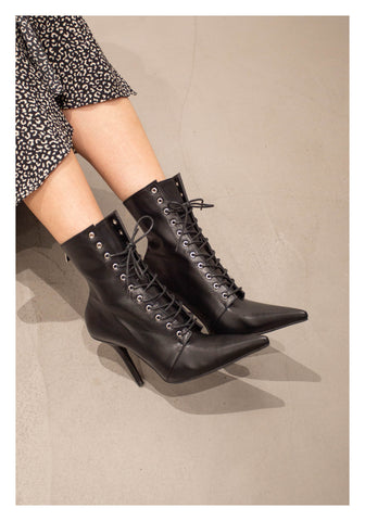 Pointed Lace Up Heels Boots Black - whoami
