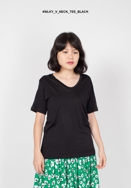 Silky V Neck Tee Black