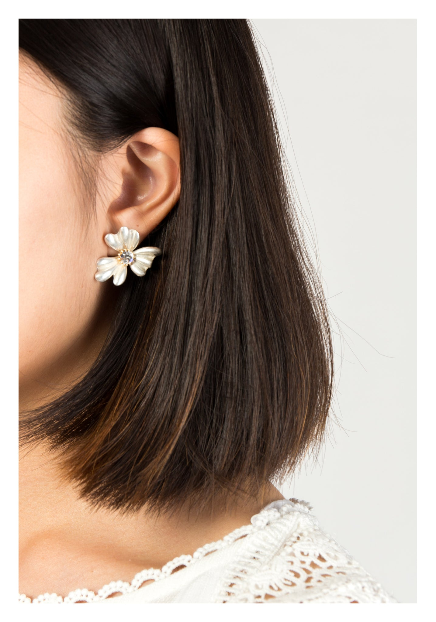 Silver Flower And Gem Earrings - whoami