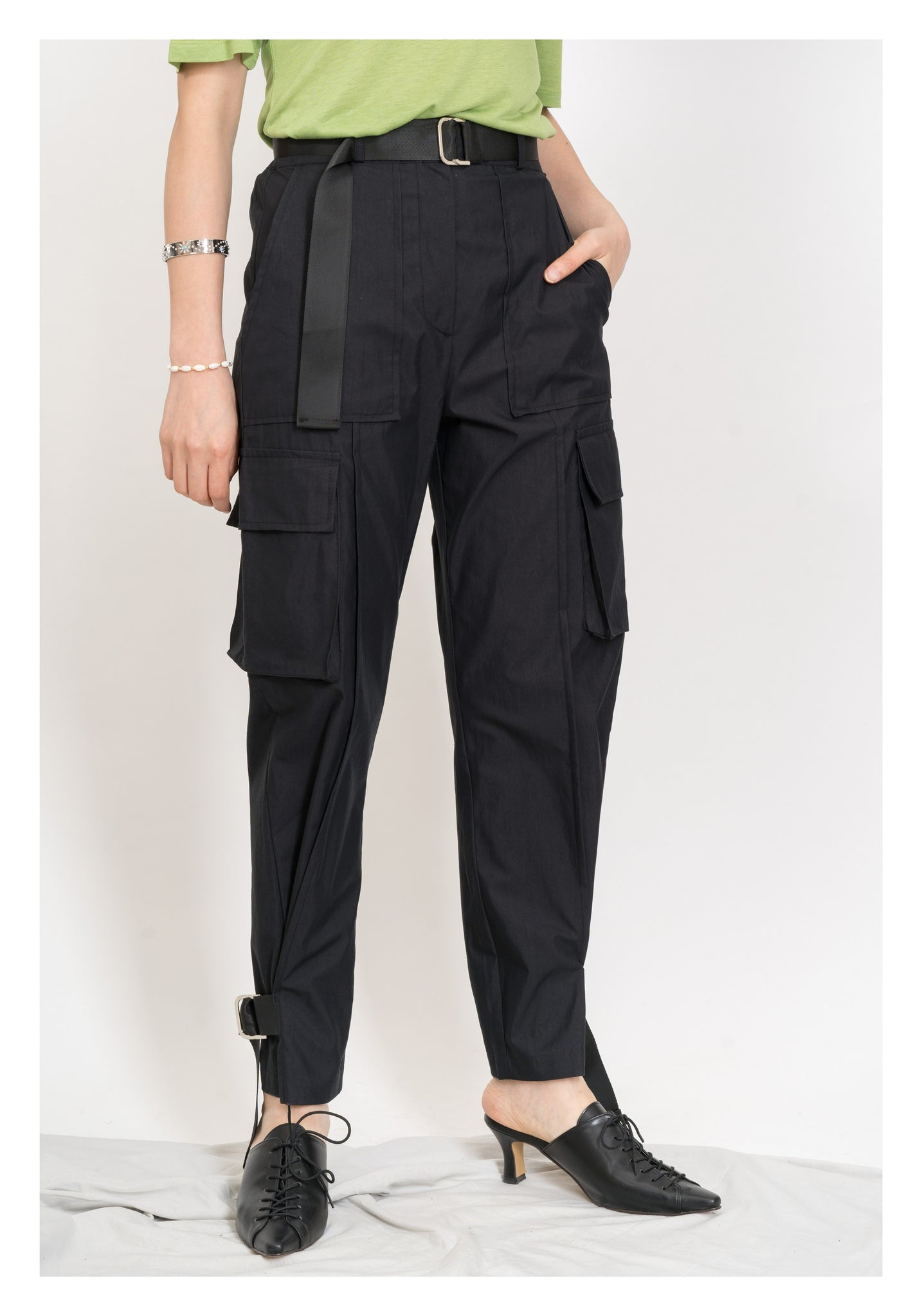 Slim Taper Tie Cargo Pants Black - whoami