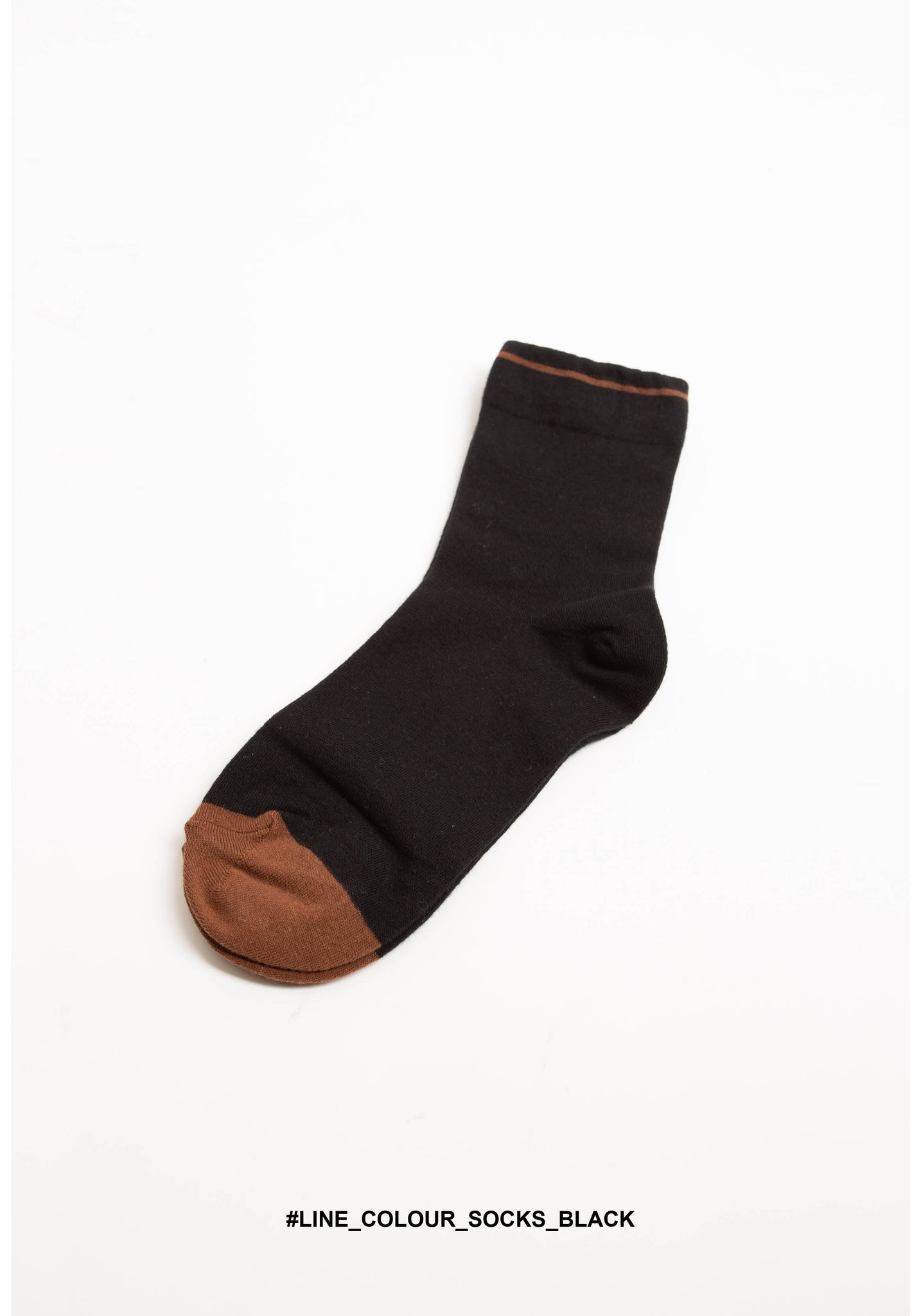Line Colour Socks Black - whoami