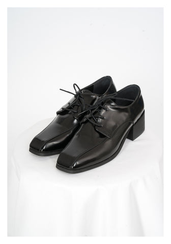 Square Oxford Shoes