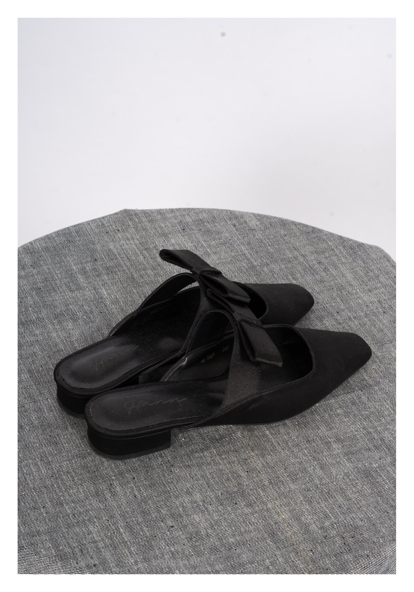 Sample Shoes - Flat Bow Mules Satin