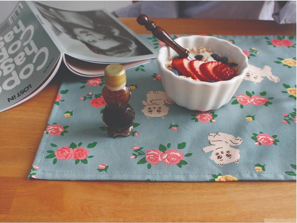 Table Mat Kitty And Roses - whoami