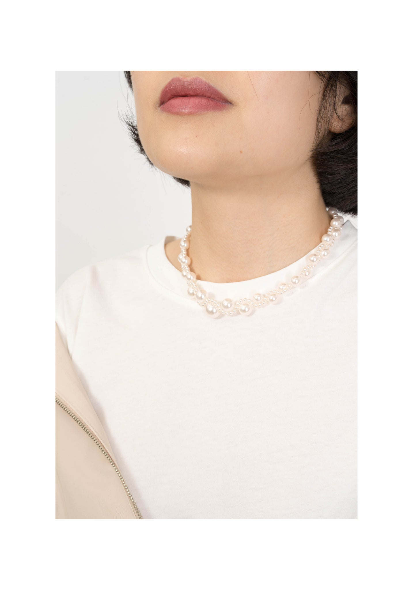 Wavy Faux Pearl Necklace