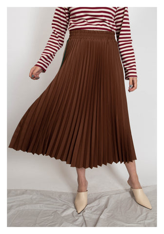 Side Strap Knife Pleated Skirt Brown - whoami