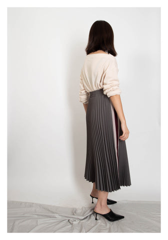 Side Strap Knife Pleated Skirt Grey - whoami