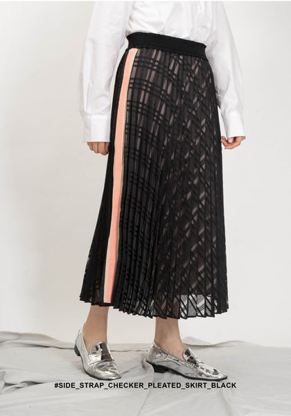 Side Strap Checker Pleated Skirt Black - whoami