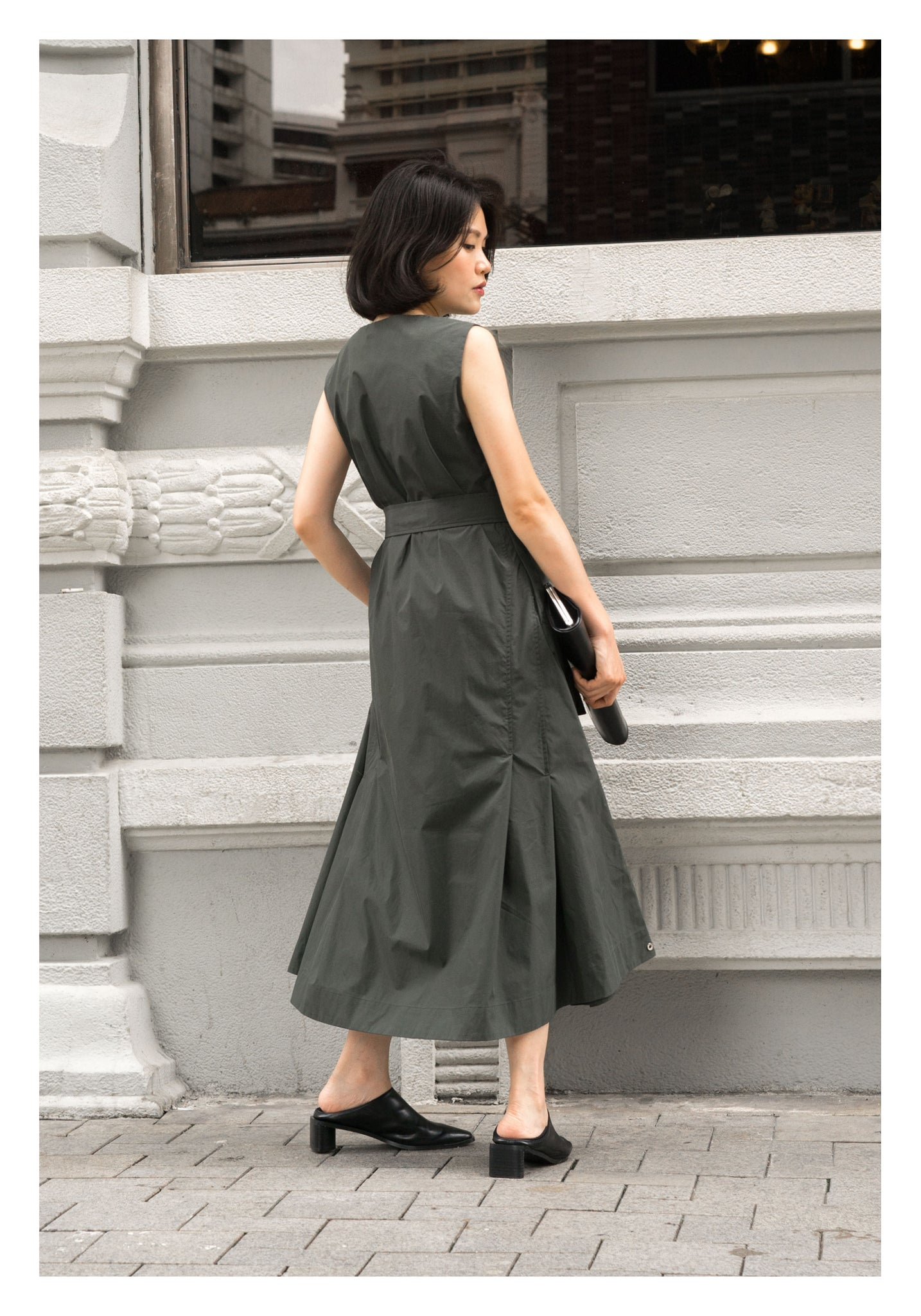 Silhouette Pleats Sleeveless Dress Green - whoami