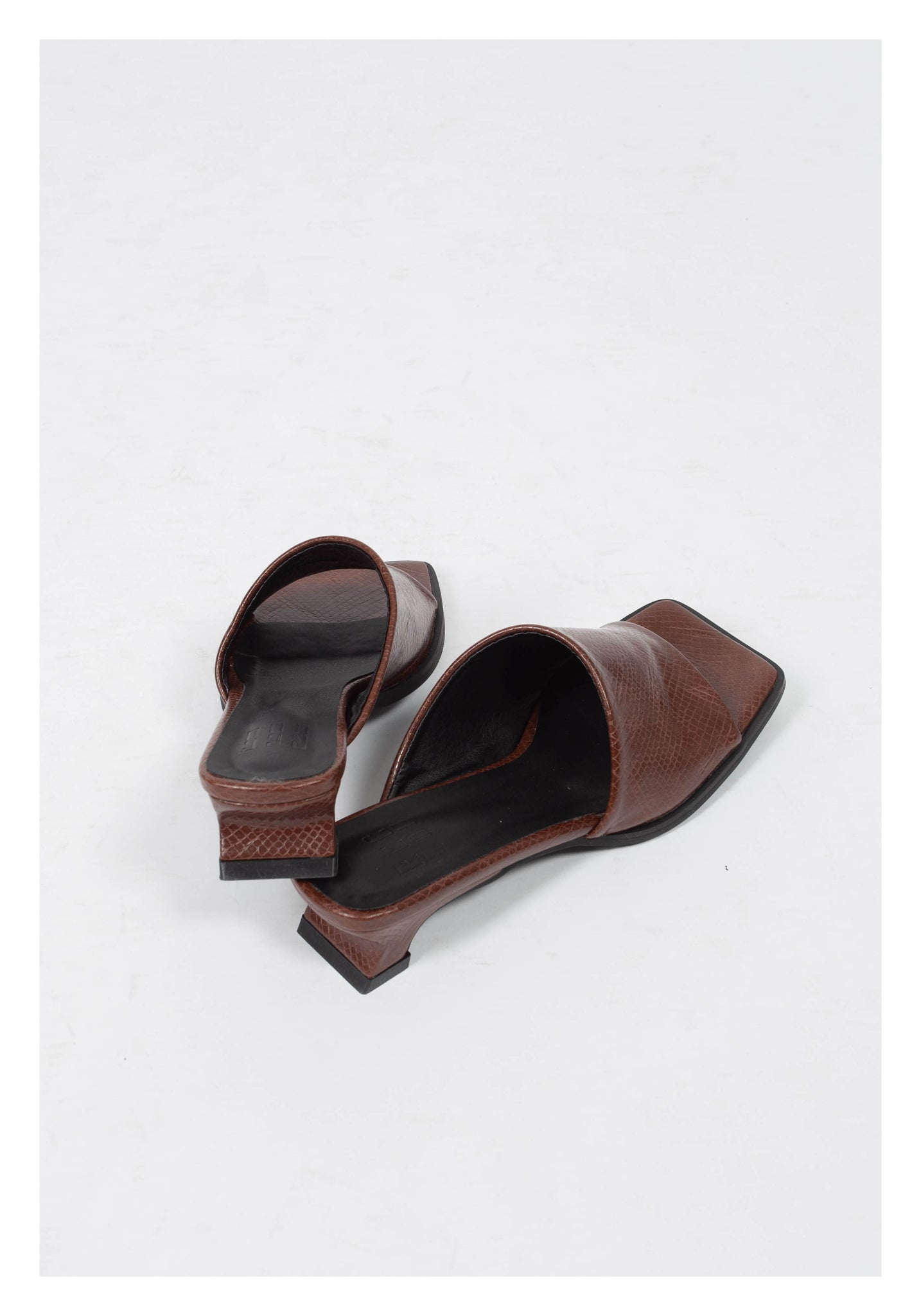 Simple Strap Heels Sandal Brown