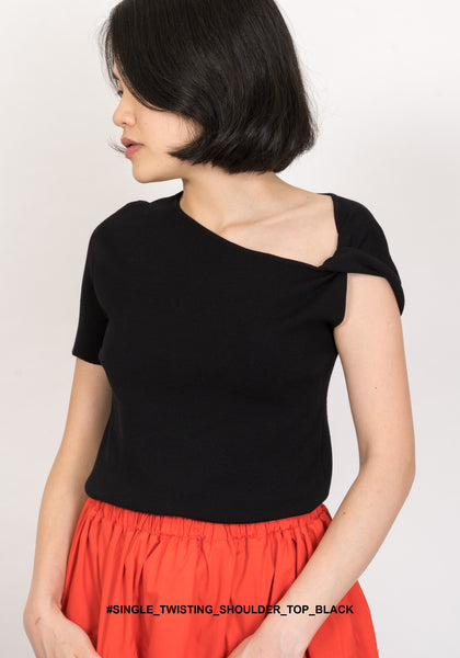 Single Twisting Shoulder Top Black
