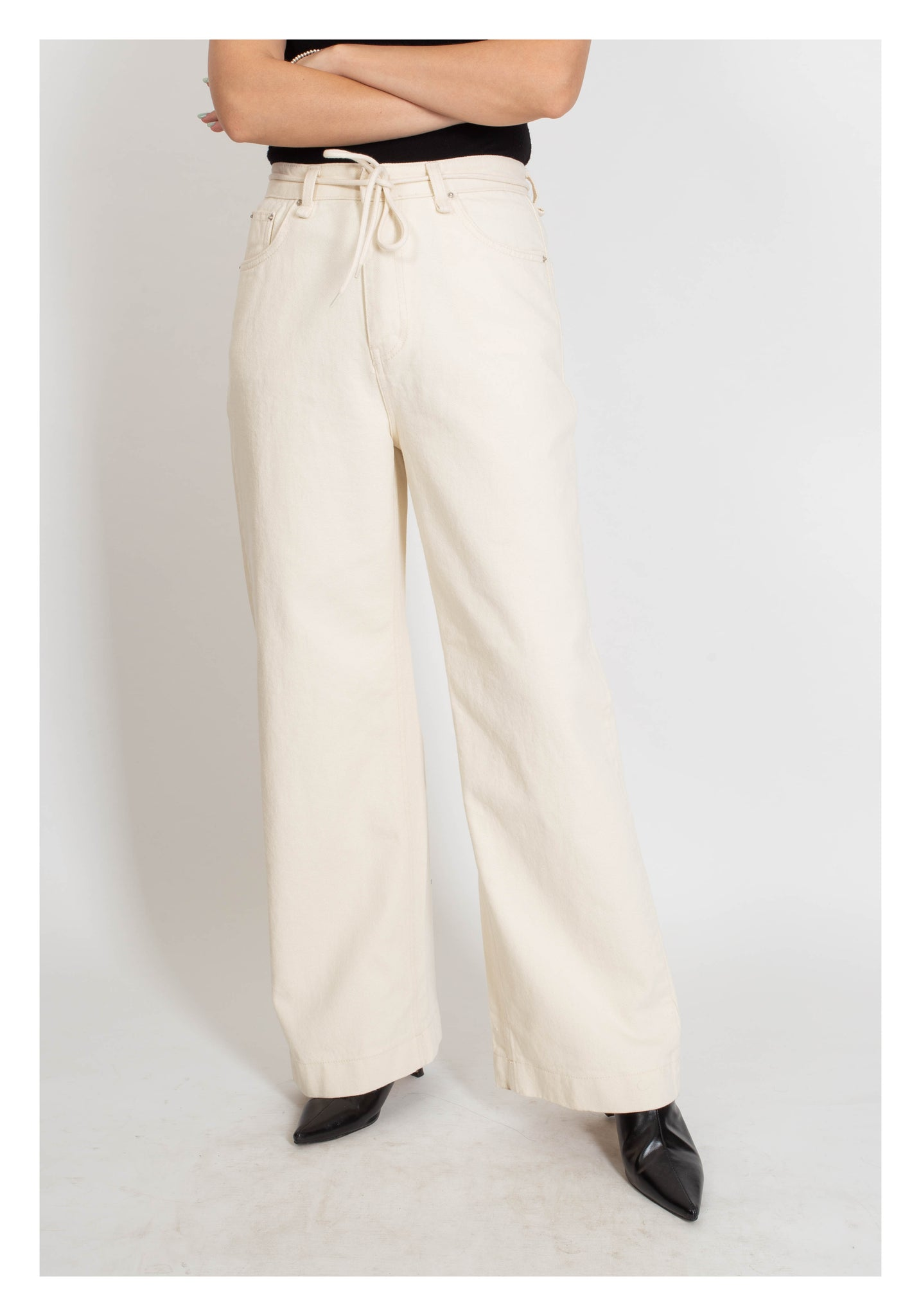 Straight Cut Tie Denim Ivory - whoami
