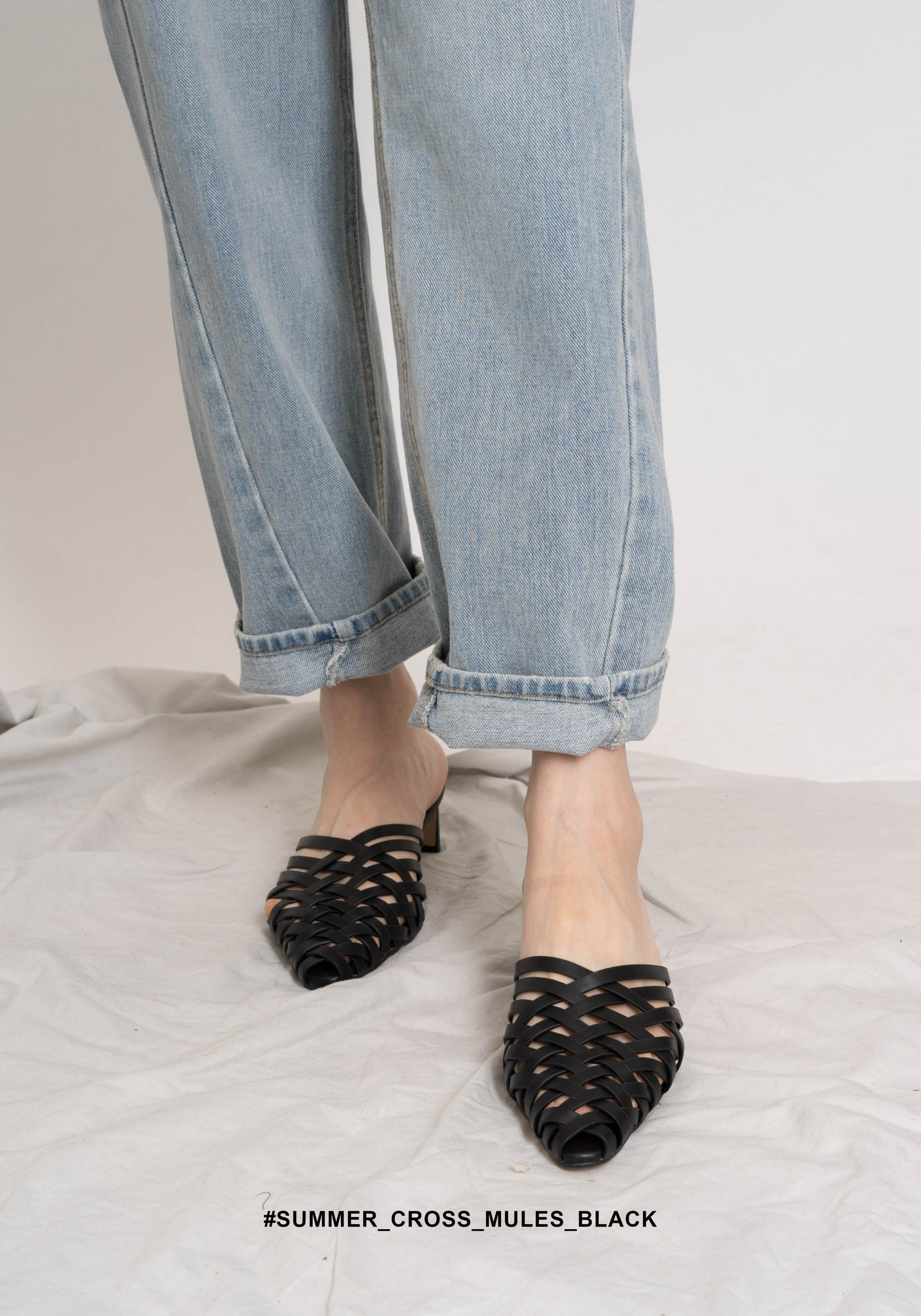 Summer Cross Mules Black - whoami
