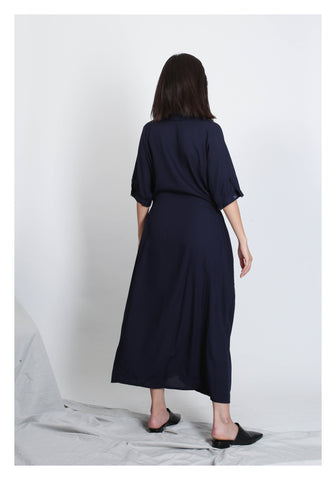 Summer Essential Dress Navy - whoami