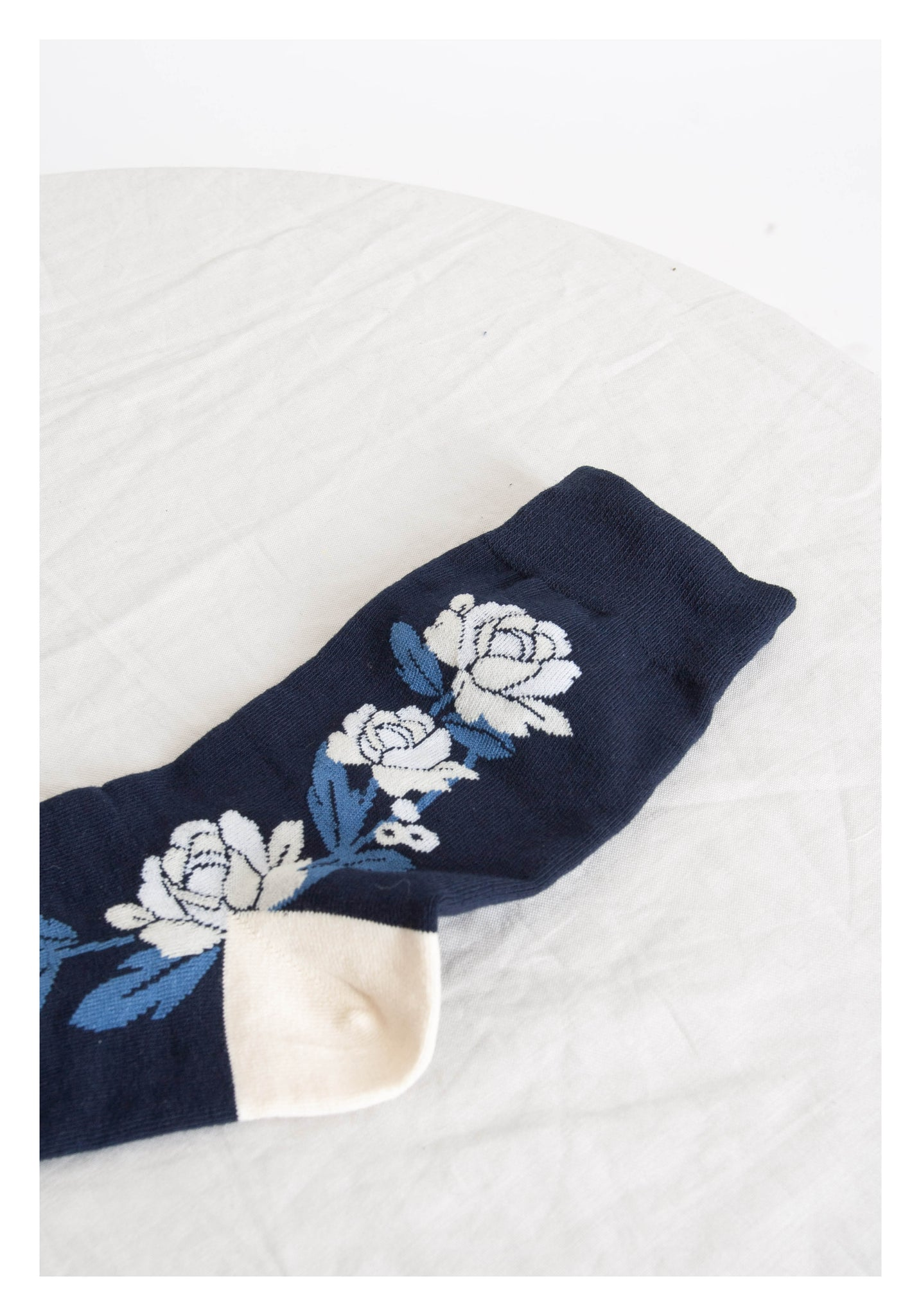Summer Floral Socks Navy - whoami