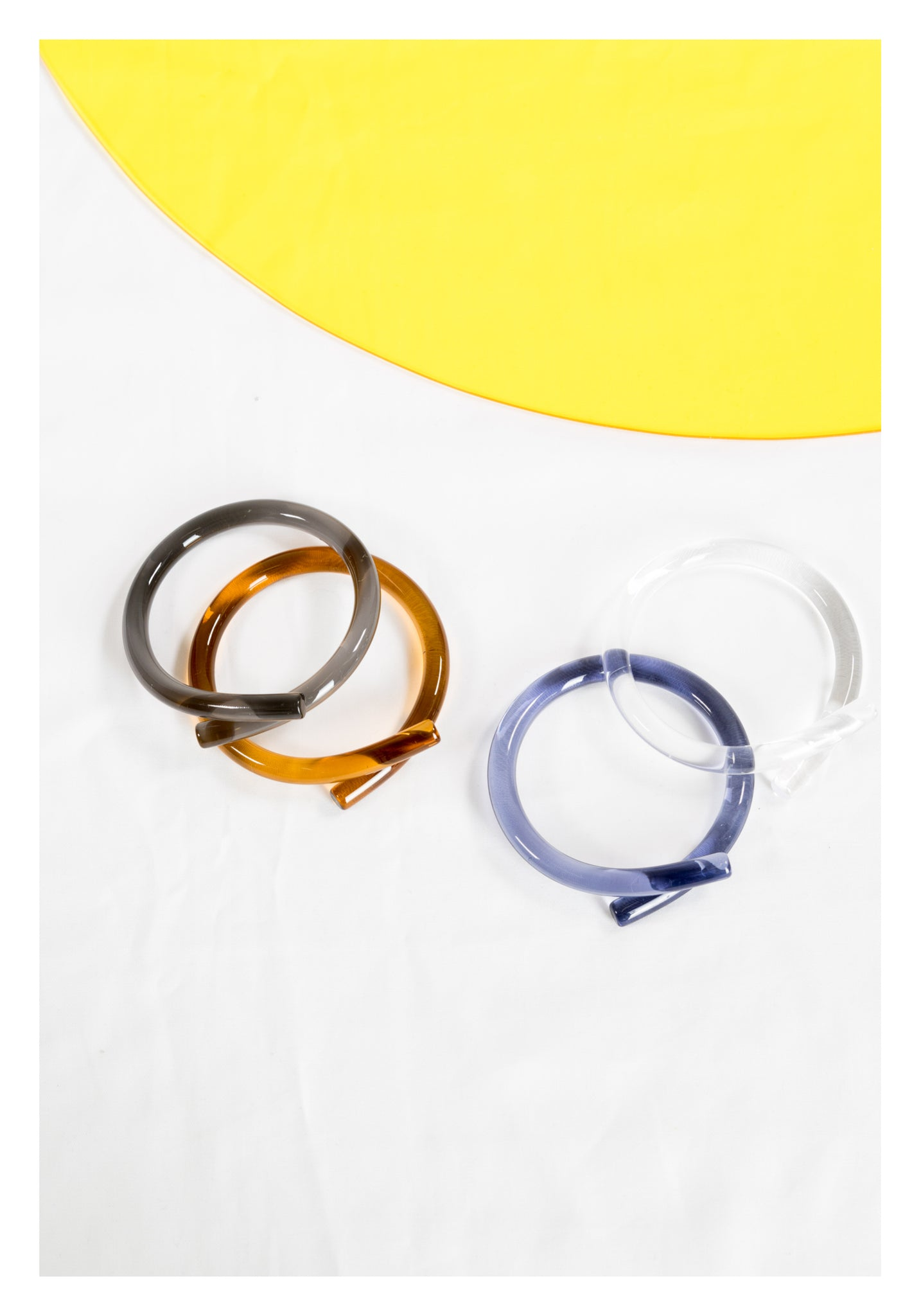 Transparent Loop Bangle Brown - whoami