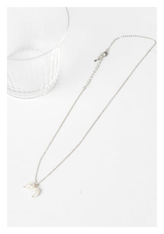 Two Dripping Pearl Necklace Silver
