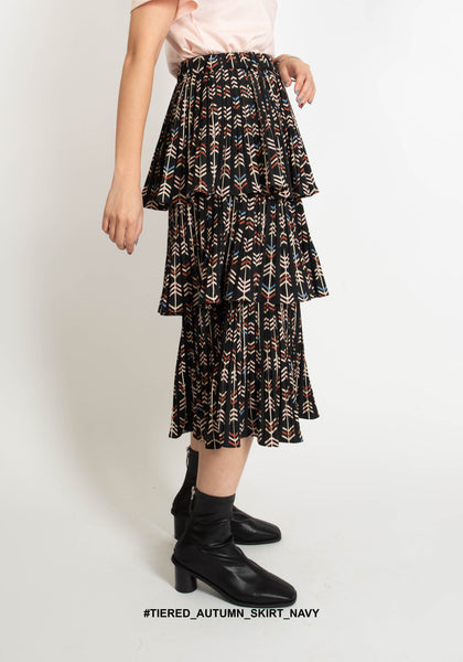 Tiered Autumn Skirt Black - whoami