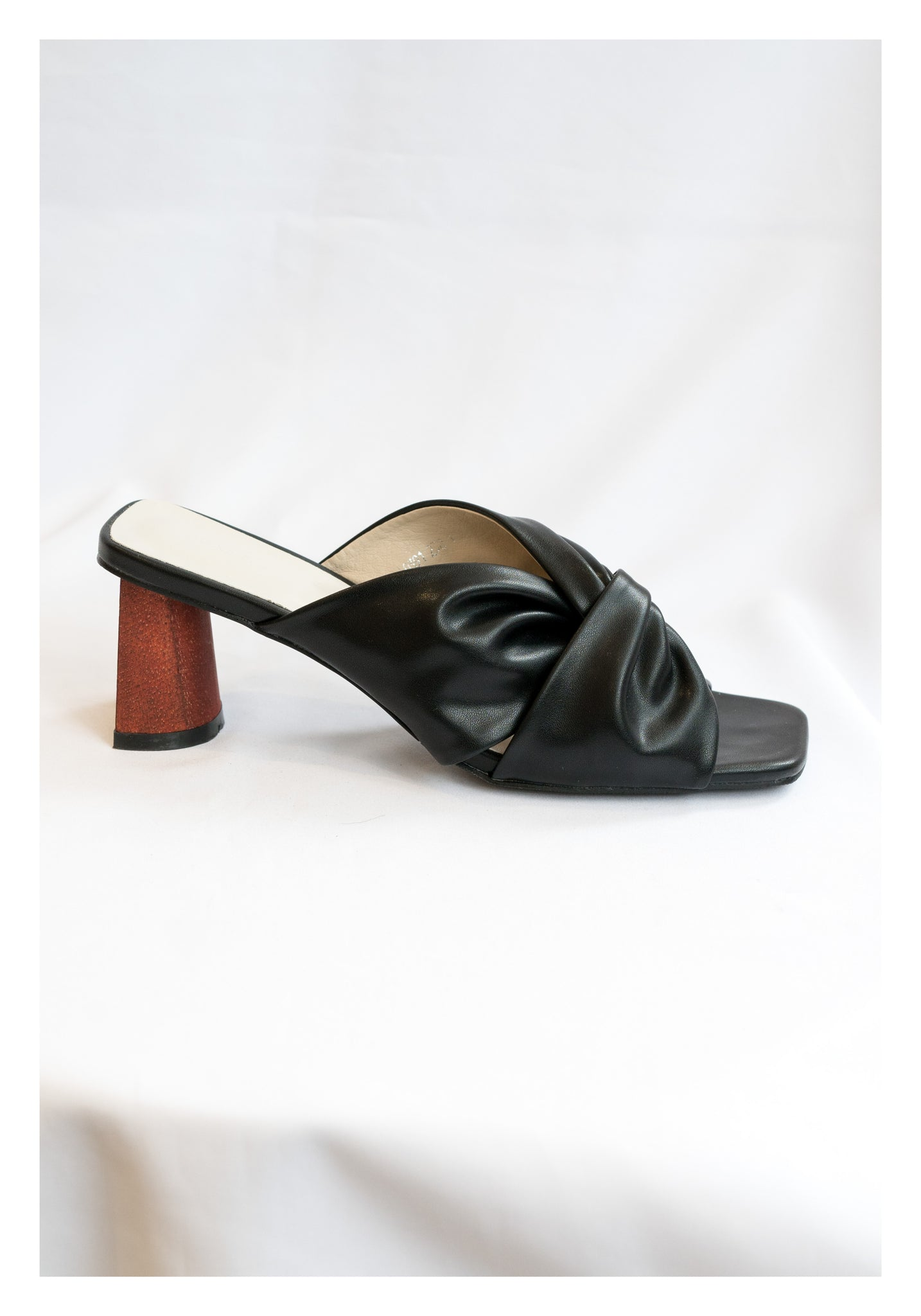 Twisted Wooden Heels Sandal Black