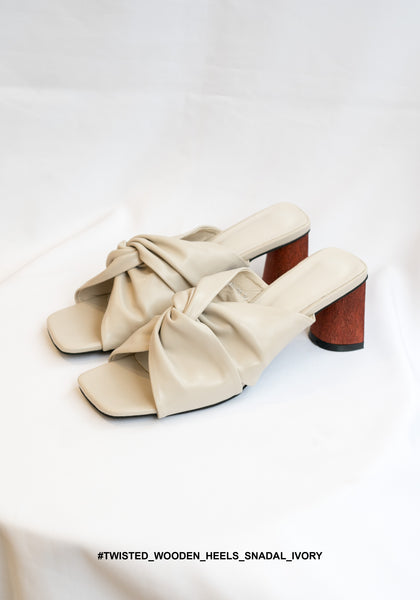 Twisted Wooden Heels Snadal Ivory