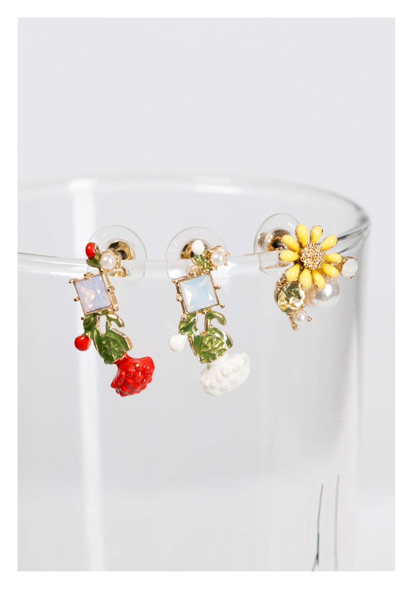 White Flower Gem Earrings - whoami