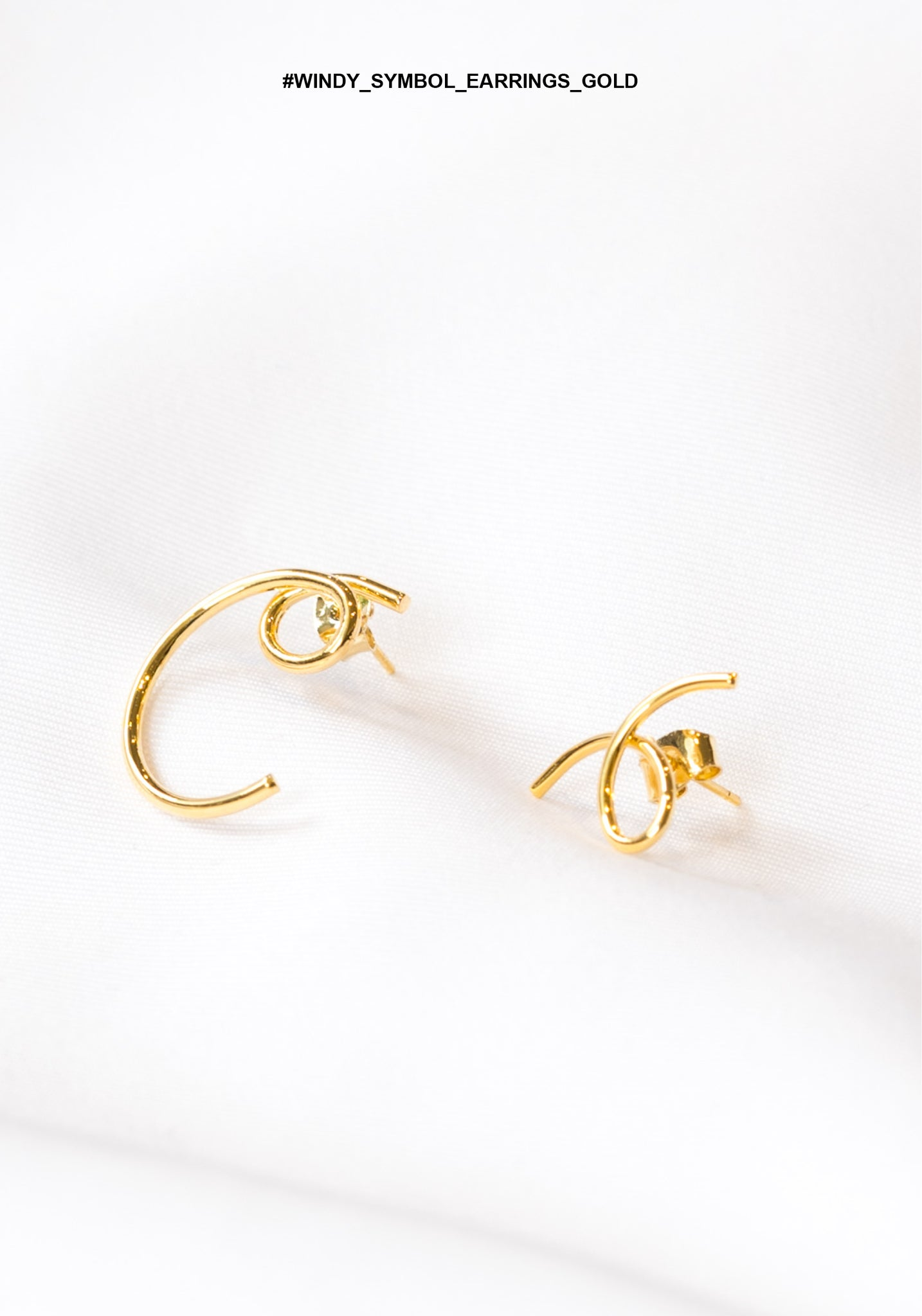 Windy Symbol Earrings Gold - whoami