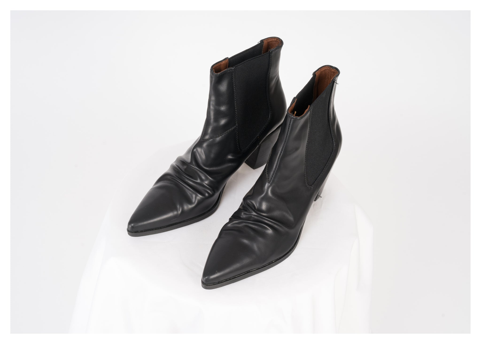 Emery Wrinkle Pointed Boots