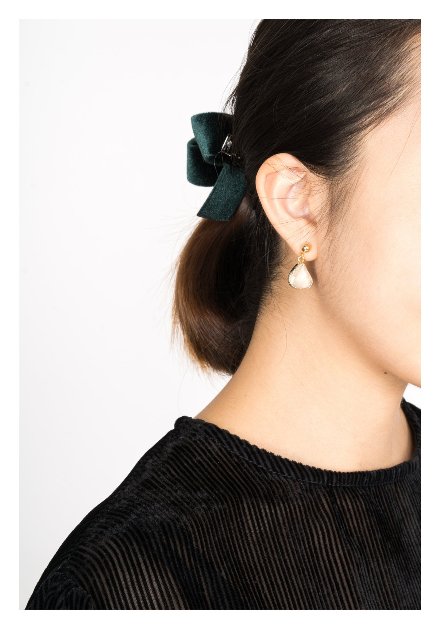 Green Velvet Bow Hair Clip