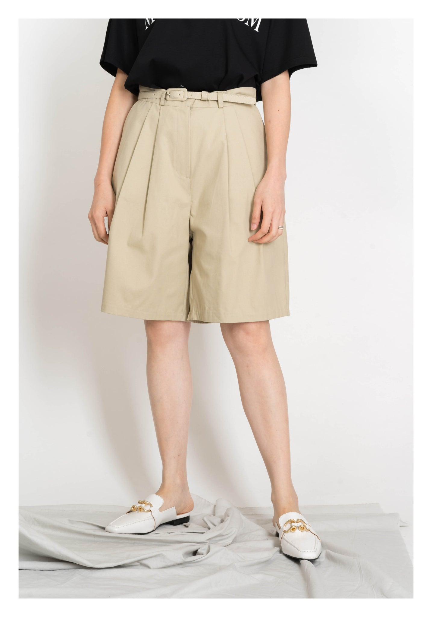 Belted Long Shorts Beige - whoami
