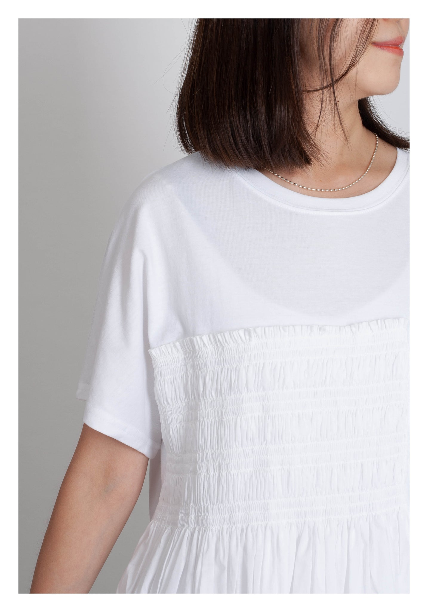 Details Side Flare Top White - whoami