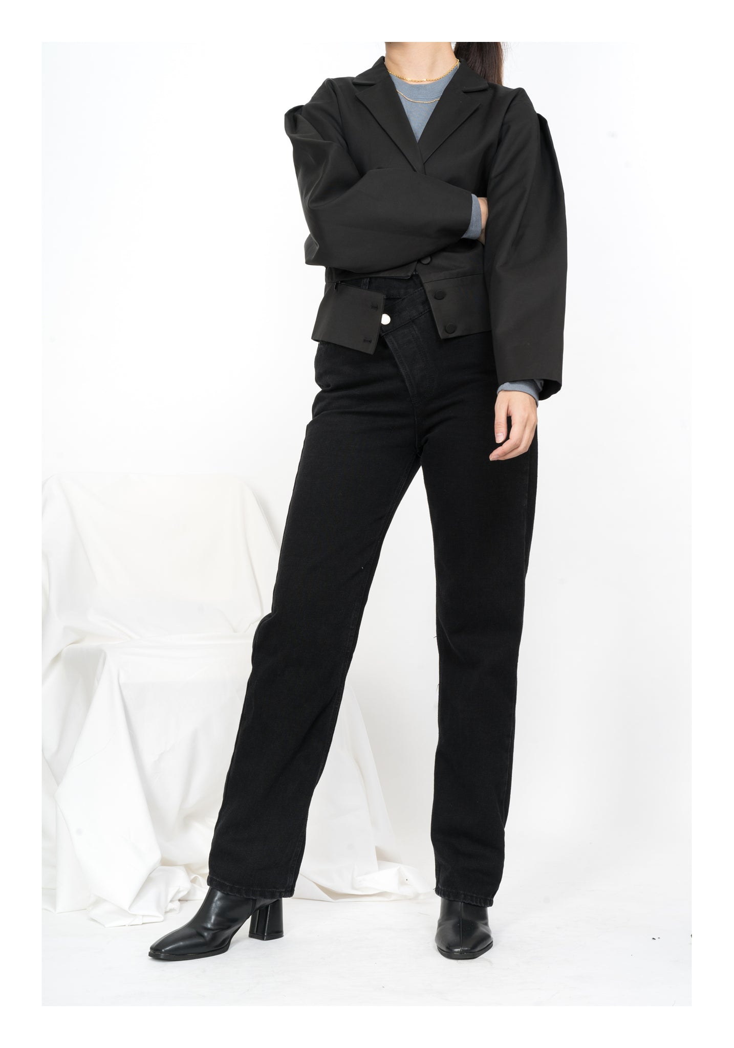 Folded Sleeve Cropped Jacket Black - whoami