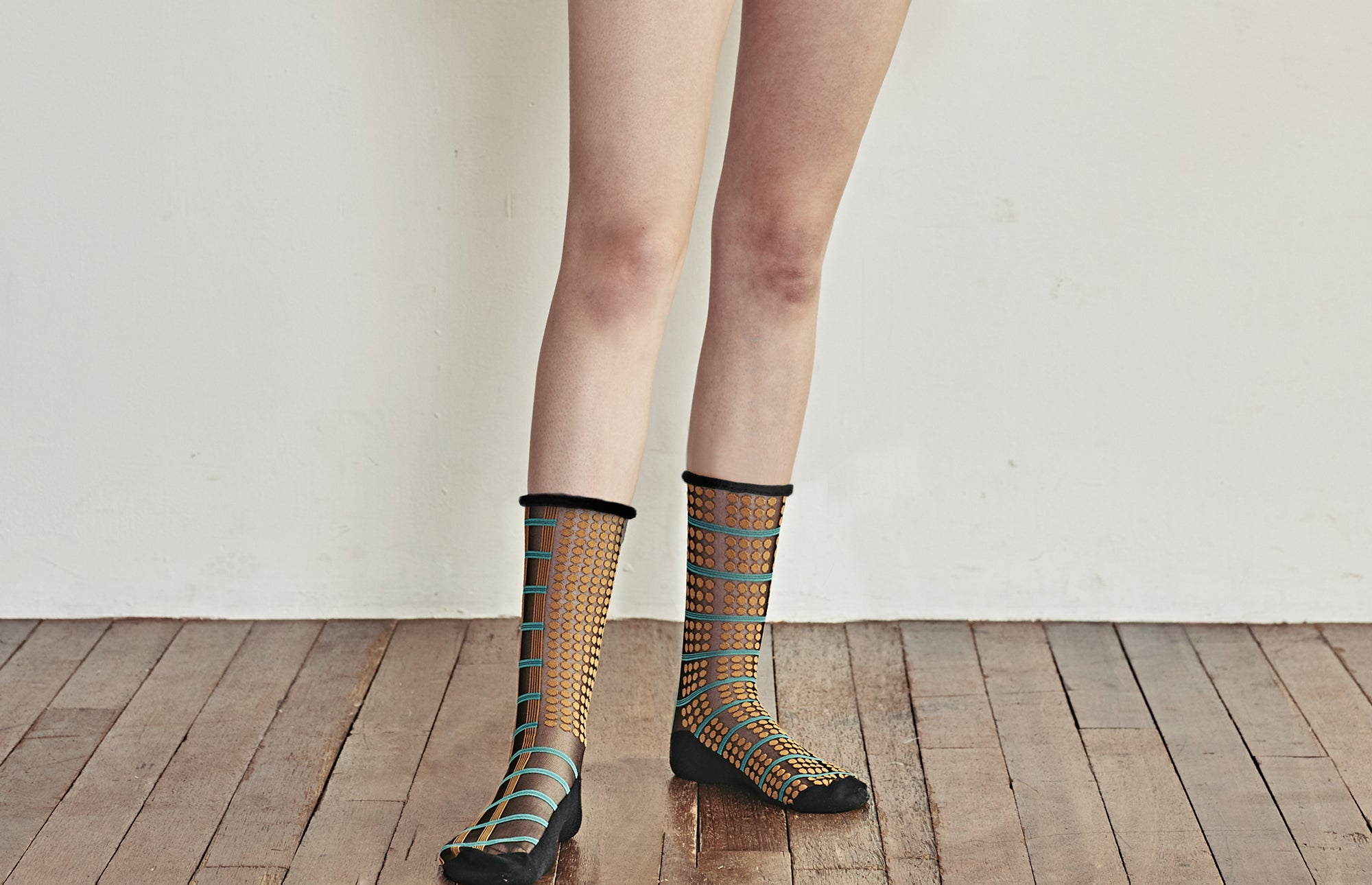 Midcalf Tulle Socks Seed Middle - whoami