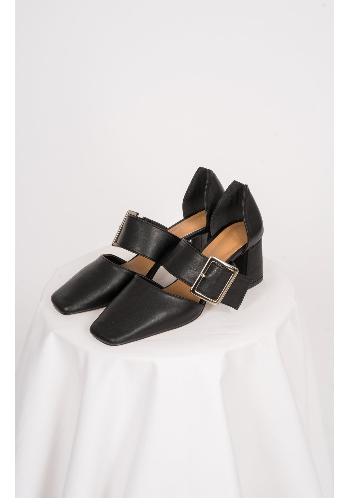 Thick Buckle Heels Black - whoami