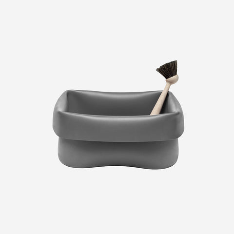 SIMPLE FORM.-Normann Copenhagen Washing Up Bowl & Brush Grey Washing