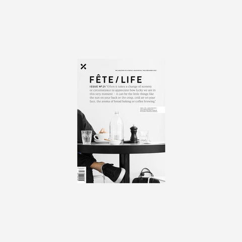 SIMPLE FORM. - Fete Press - Fete Volume 21 - Magazine