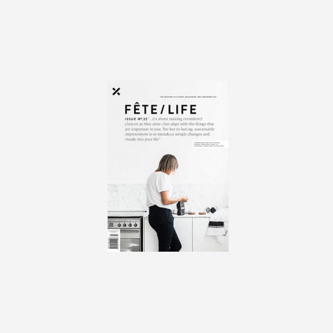 SIMPLE FORM. - Fete Press - Fete Volume 23 - Magazine
