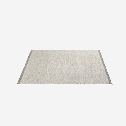 SIMPLE FORM. - Muuto - Ply Rug Off White - Rug