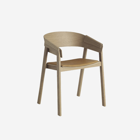 SIMPLE FORM.-Muuto Cover Chair Oak Cognac Leather Chair