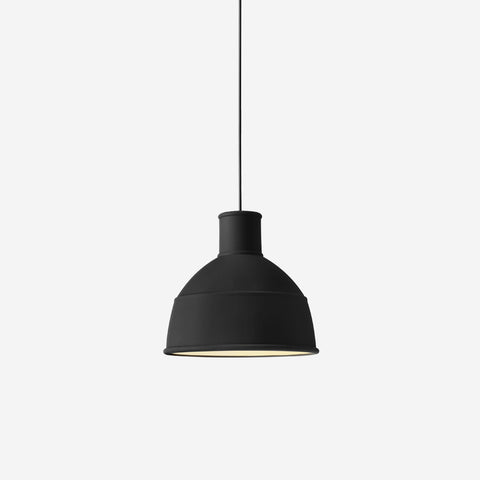 SIMPLE FORM. - Muuto - Unfold Pendant Black - Pendant