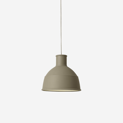 SIMPLE FORM. - Muuto - Unfold Pendant Olive - Pendant