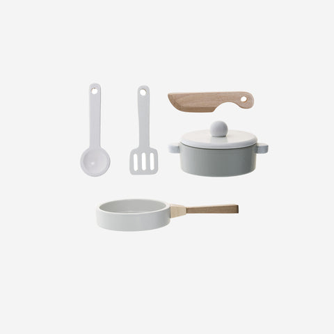 SIMPLE FORM. - Bloomingville - Wooden Kitchen Play Set - Wooden Toy
