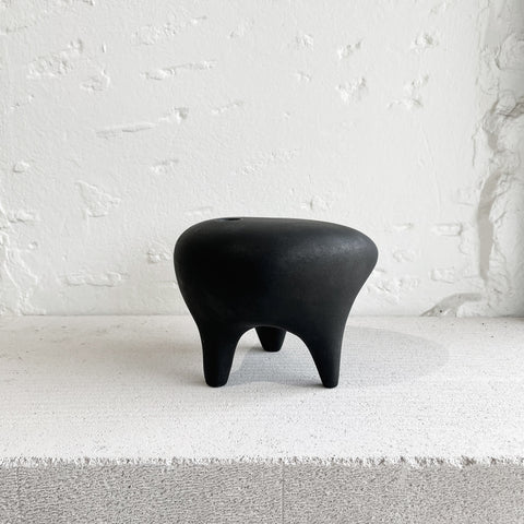 Buzzby and Fang - Buzzby & Fang Black Eeny Vase - Vase  SIMPLE FORM.