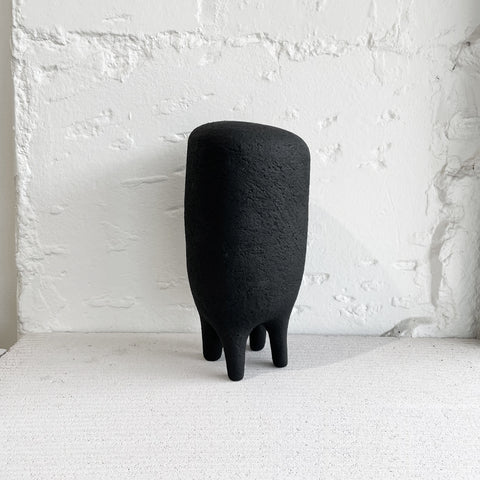Buzzby and Fang - Buzzby & Fang Bovine By Nature Black Besa - Vase  SIMPLE FORM.
