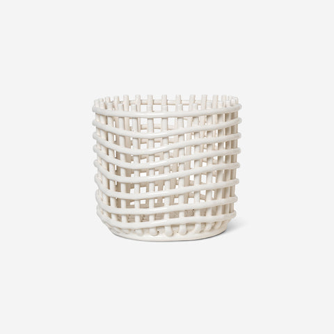Ferm Living - Ferm Living Ceramic Basket Pot Large Off White - Hook  SIMPLE FORM.