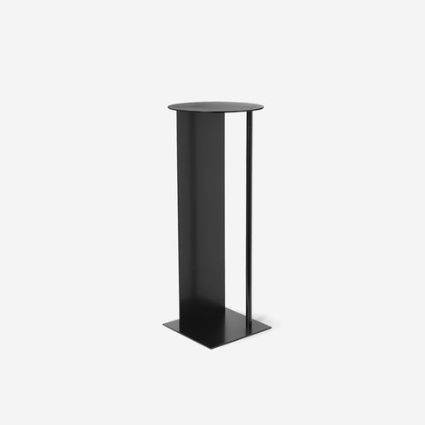 Ferm Living - Ferm Living Place Pedestal Black - Display Stand  SIMPLE FORM.