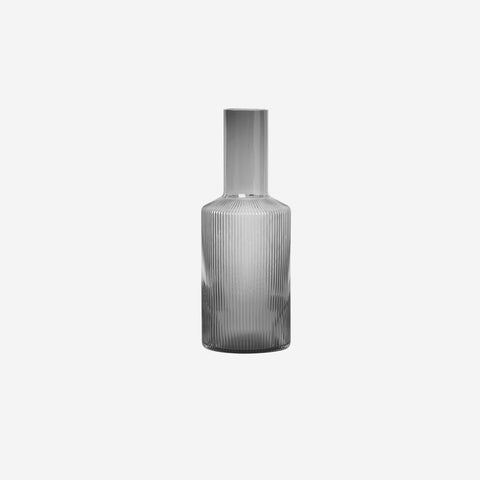 Ferm Living - Ferm Living Ripple Carafe Smoke - Glasses  SIMPLE FORM.