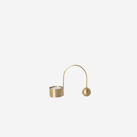 Ferm Living - Ferm Living Balance Tealight Holder Brass - Candle Holder  SIMPLE FORM.