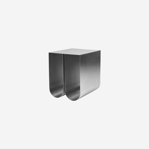 SIMPLE FORM. - Kristina Dam - Curved Side Table Stainless Steel - Side Table